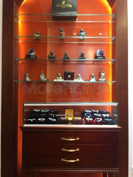 Thi-cong-noi-that-showroom-phong-thuy (3)