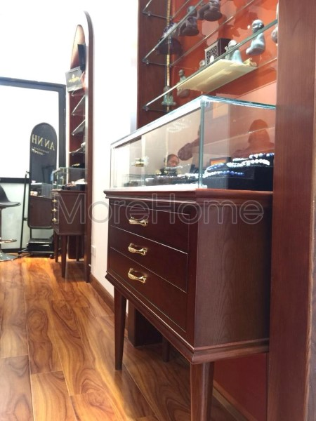 Thi-cong-noi-that-showroom-phong-thuy (8)