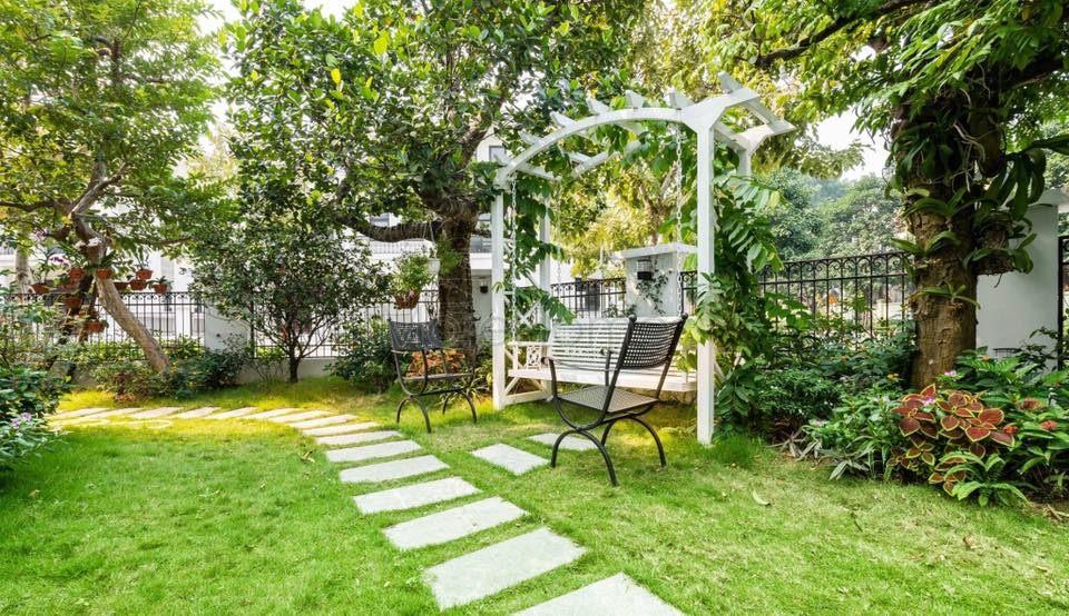 Thi công sân vườn biệt thự Vinhomes Gardenia Mỹ Đình